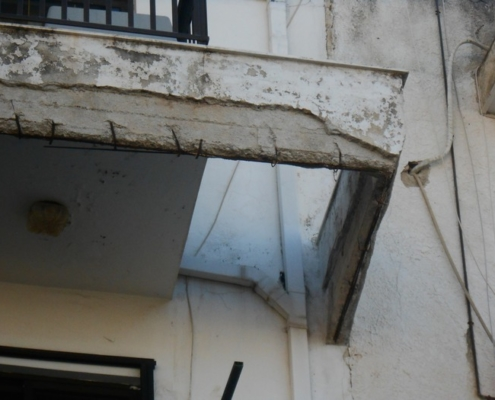 Επισκευές Επιδιορθώσεις στη ροδο Σοβατίσματα, επιδιορθώσεις τοίχων στην αρχική τους μορφή.